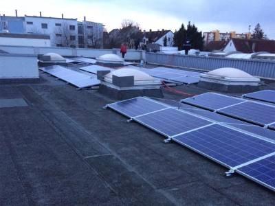 Solar city roof - final check